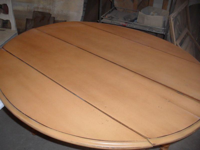 D capage et finition d 39 une table en noyer teint e pont for Meubles pont royal