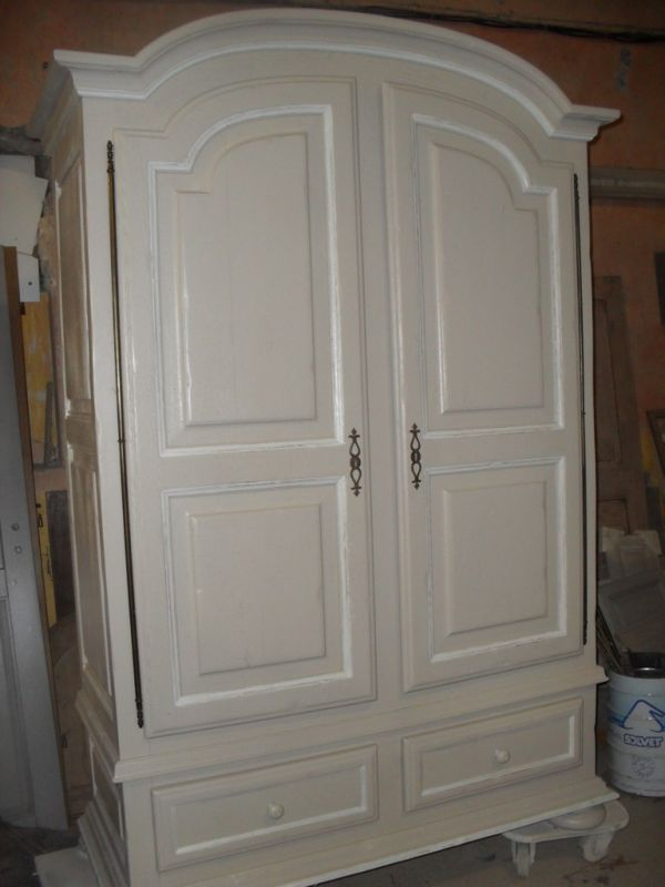 armoire en ch ne relook e couleur lin rechampi blanc. Black Bedroom Furniture Sets. Home Design Ideas