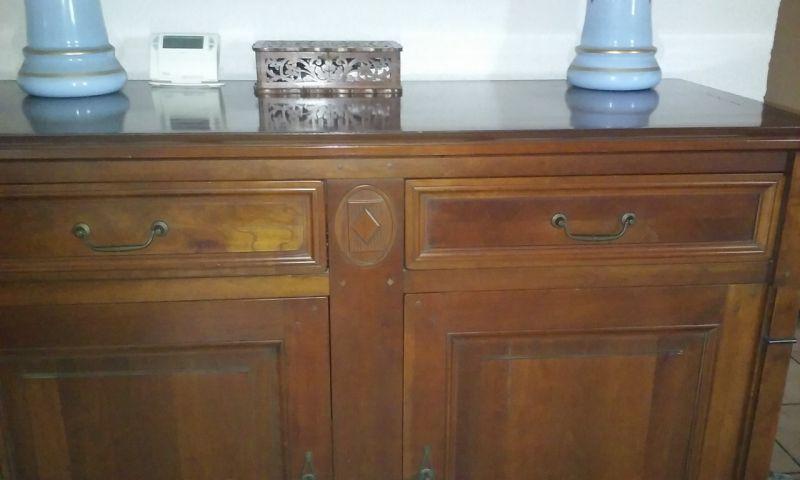 ancien buffet en bois blanc que j ai d cap etrelook en gris pictures to pin on pinterest. Black Bedroom Furniture Sets. Home Design Ideas