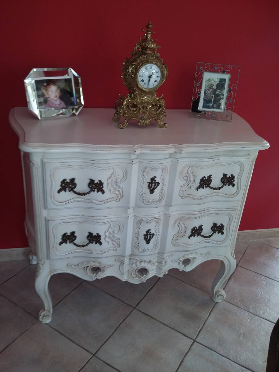 relooking d 39 une commode ancienne en noyer aix en provence finition patine et relooking de. Black Bedroom Furniture Sets. Home Design Ideas