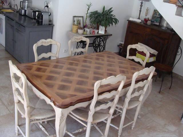 D capage peinture et patine d 39 une salle manger en noyer for Meubles style provencal avec prix