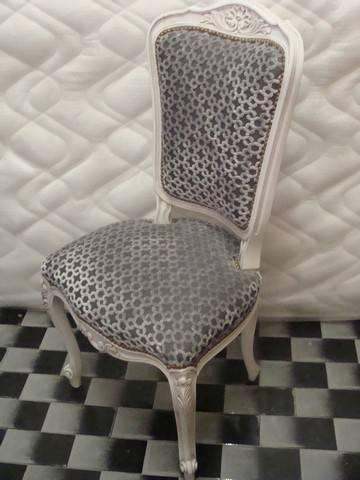 comment refaire l assise d une chaise latest p with. Black Bedroom Furniture Sets. Home Design Ideas