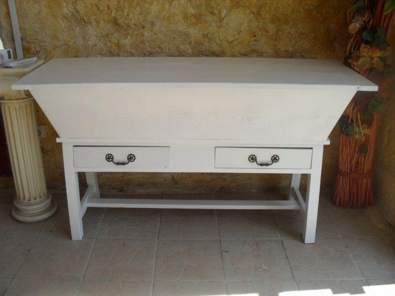 grand p trin d cap et repeint eguilles peinture et patine de meubles mallemort. Black Bedroom Furniture Sets. Home Design Ideas