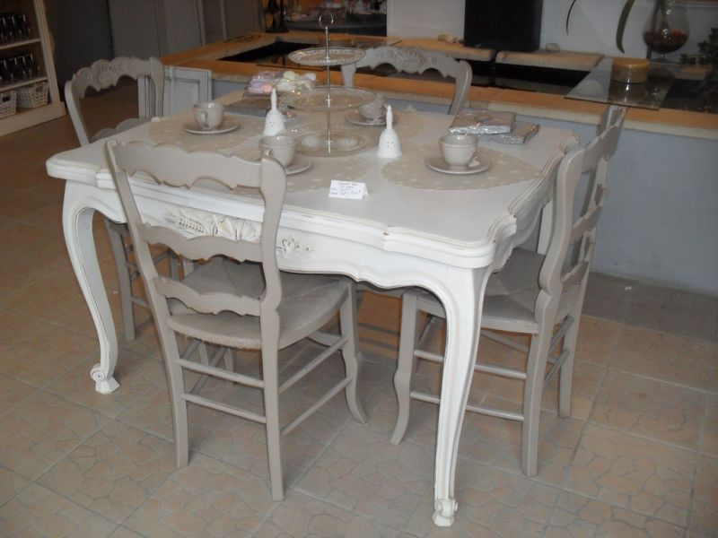Ensemble table de salle manger 6 chaises style for Ensemble table et chaise de salle a manger