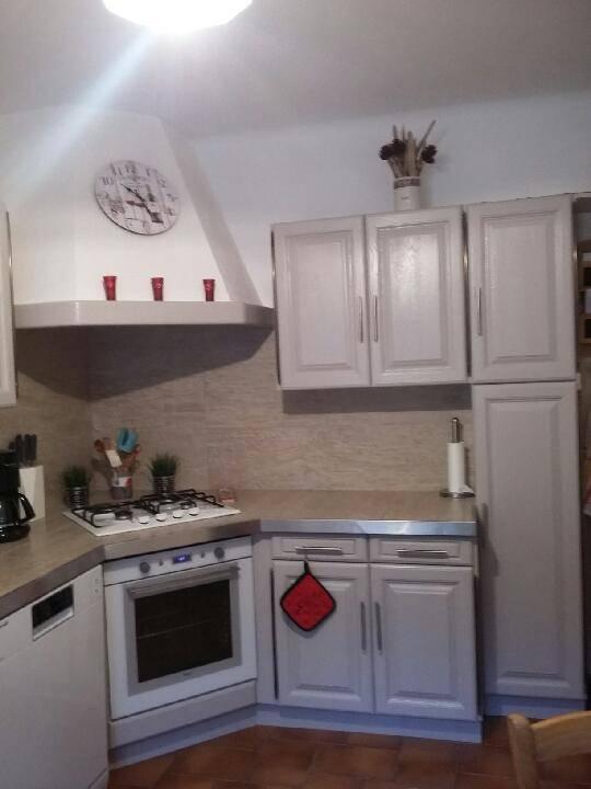 Relooking de tables et buffets dans le luberon les for Recuperation de meubles a domicile