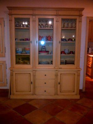 restauration de meuble avec patines anciennes arles finitions de provence. Black Bedroom Furniture Sets. Home Design Ideas